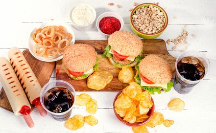 6 מזונות שנחשבים לבריאים, אך כדאי להפסיק לאכול מהם עוד היום…